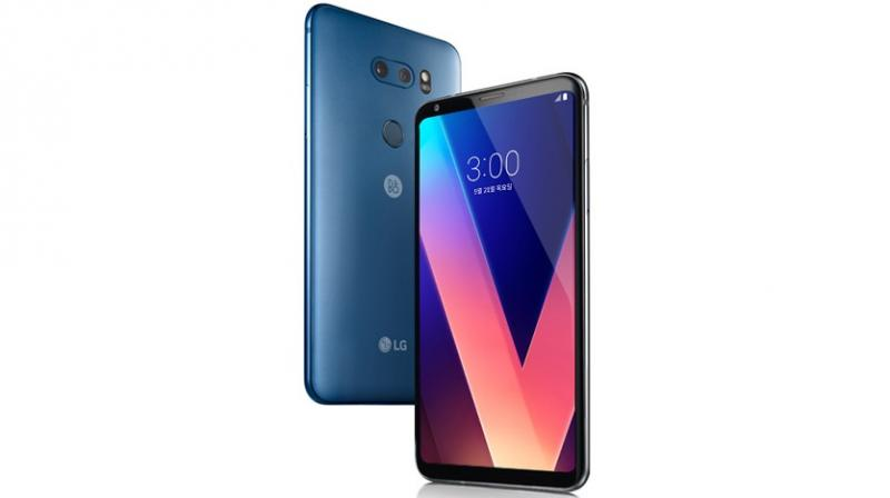 LG V30 with AI functions at MWC 2018