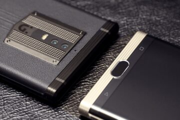 Super Chinese smartphone has crazy specs and 7000 mAh battery 1 1